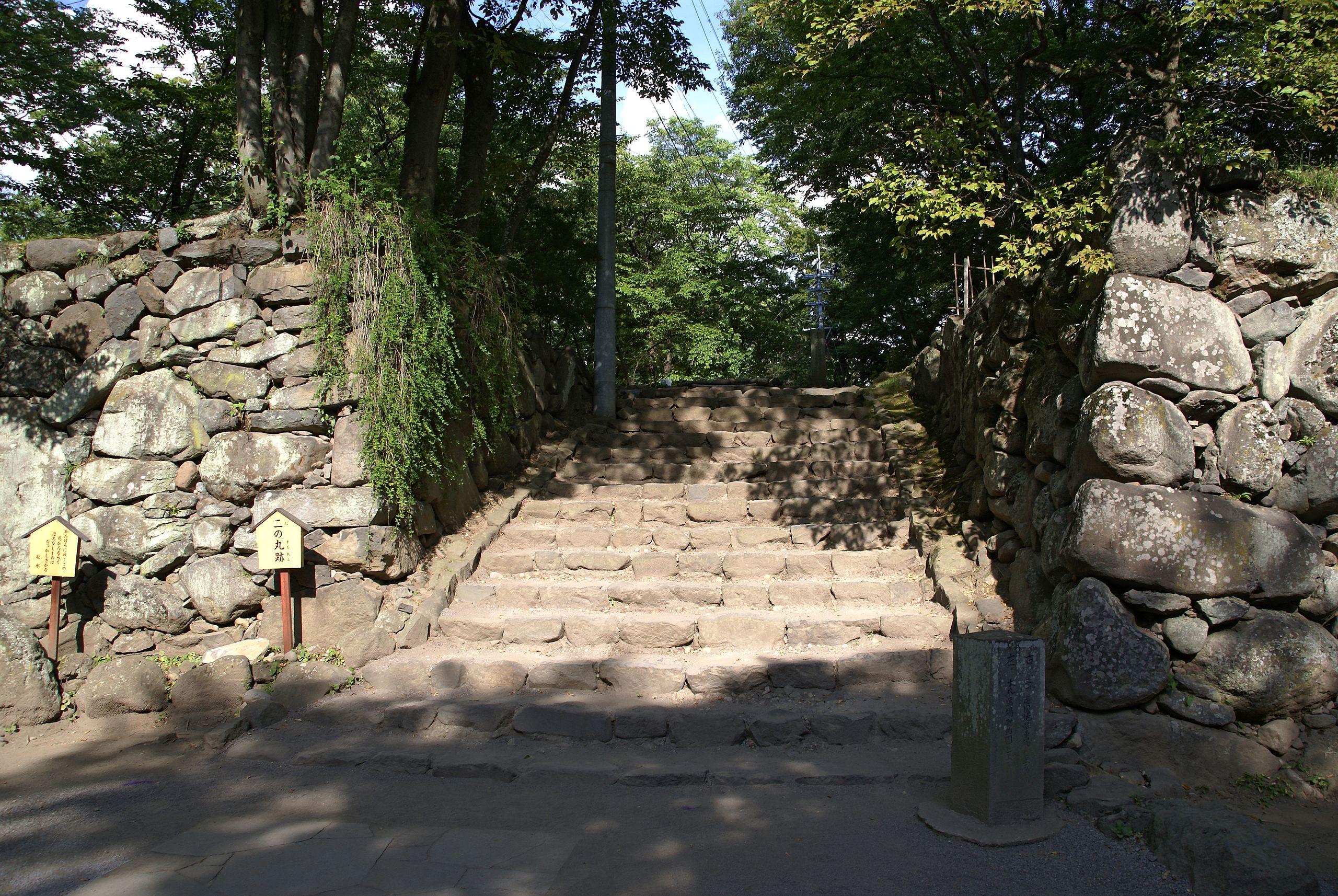 Komoro_castle05s3872