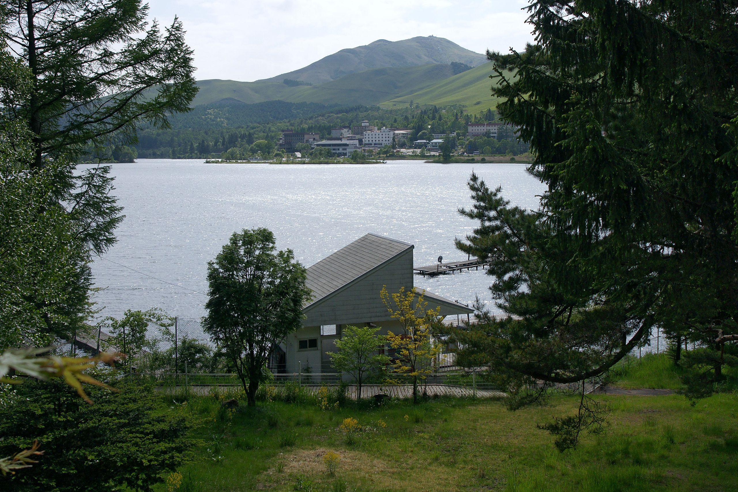 Lake_Shirakaba05n3200
